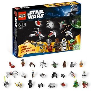 Lego Star Wars 2011 Advent Calendar 266 Pieces Gift Set New