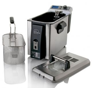 Wolfgang Puck 4 liter Digital Deep Fryer with Oil Drainage System with