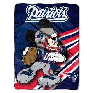 BSS   New England Patriots NFL Mickey Micro Raschel (46in
